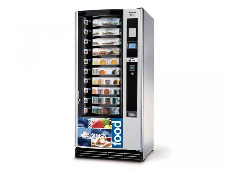 Distributeur automatique de denrée alimentaire installé par Caf and Co